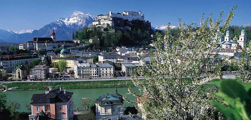 Austria_Salzburg-summer_Town-view-mountains.jpg